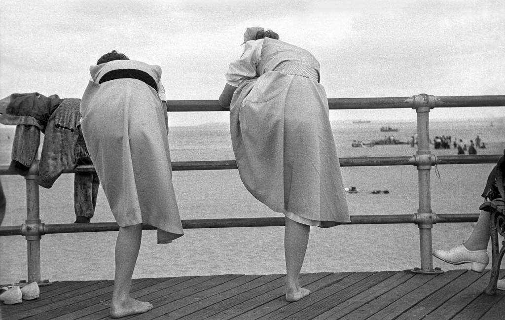 Degas Coney Island, 1949