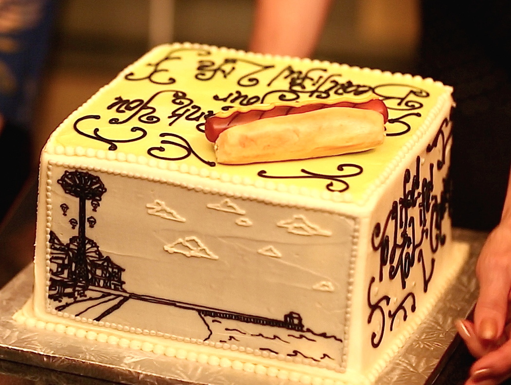 The Coney Island Parachute Jump on cake!