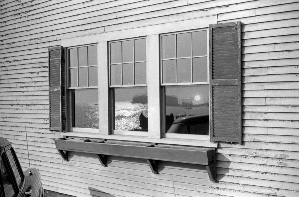 Sunset in the window at Sid  Grossman's cottage, Provincetown, 1955 © Harold Feinstein